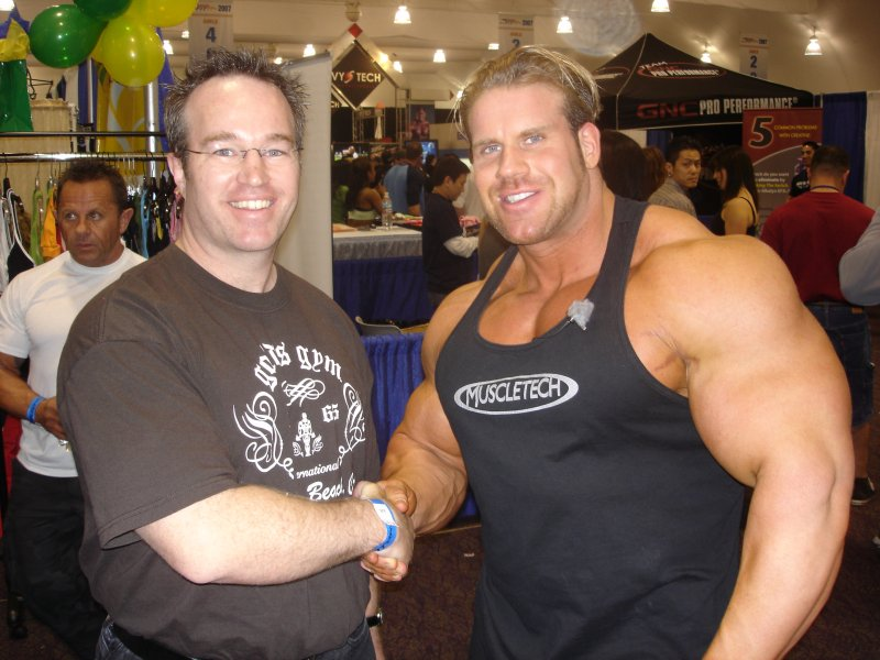 Today's Superstar Bodybuilders Are Closer to the Fans
