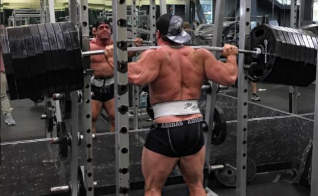Fake Weights in Bodybuilding?